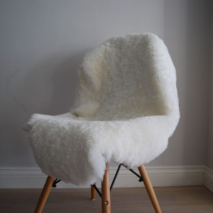 Ivory Short Haired Shearling Sheepskin Rug