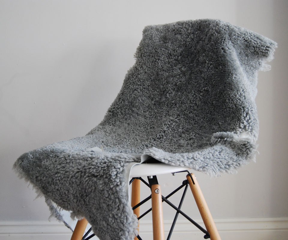 Light Grey Short Haired Shearling Sheepskin Rug