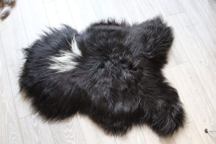 Pure Black Luxurious Icelandic Rug on Floor